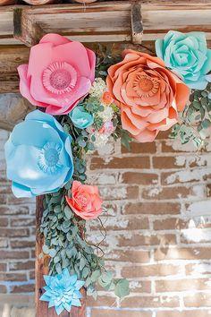 DIY Paper flower arrangements @weddingchicks