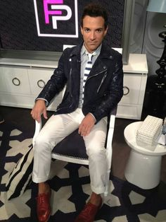 I just love his style. Just Love, Love Him, Men's Collection, Style, Swag, Outfits