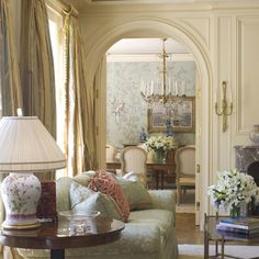HOME DECOR – IDEAS – Andrew Skurman Associates specialize in all the classical architectural traditions of French, Georgian, Neoclassical, Mediterranean, and country homes. There work is widespread and has graced countless magazine covers and pages. Andrew Skurman opened his namesake firm in 1992 and is based in San Francisco. They are full service, meaning they start a project from the ground up all the way to the finishing of the interiors.
