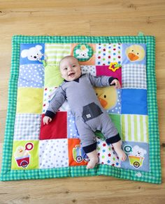 Home Decor ideas &Home Garden & Diy Quilt Baby, Baby Girl Quilts, Girls Quilts, Baby Bunting, Baby Sewing Projects, Sewing For Kids, Baby Set, Baby Applique, Diy Bebe