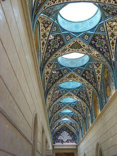 Architecture / Damascus Islamic architecture on We Heart It Mosque Architecture, Art And Architecture, Architecture Details, Futuristic Architecture, Islamic World, Islamic Art, Naher Osten, Style Oriental, Templer