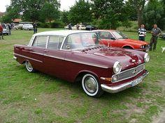 Opel Kapitan 4dr Sedan 1959
