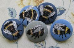 agnes-and-cora-bee-brooches.jpg (500×328)