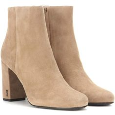 Saint Laurent Babies 90 Suede Ankle Boots (2.760 BRL) ❤ liked on Polyvore featuring shoes, boots, ankle booties, brown, suede booties, brown bootie, yves saint laurent boots, suede ankle bootie and short boots