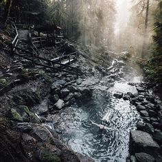 Relaxing with an early morning soak at the hot springs. Just got back from an amazing road trip with @azoobkoff through Washington, Oregon and even a bit of California.