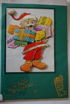 0012, Kerstman met cadeau's in armen