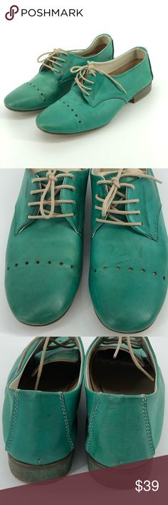 Luca Rossi Made In Italy Soft Leather Teal Shoes Luca Rossi Made In Italy Soft Leather Teal Shoes Size Condition is Pre-owned. Shipped with USPS Priority Mail. Loafer Flats, Loafers, Teal Shoes, Rossi Shoes, Priority Mail, Fashion Tips, Fashion Design, Fashion Trends, Soft Leather