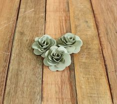 150 Pcs Sage Birch Wood Roses for Weddings by AccentandPetals