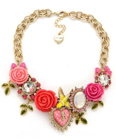 betsey johnson necklace  love!!