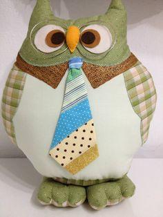 man about town Owl Fabric, Fabric Toys, Fabric Crafts, Sewing Crafts, Sewing Projects, Sewing Pillows, Diy Pillows, Cushions, Decorative Pillows