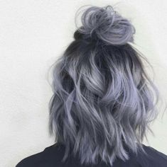 35 Short Ombre Hair Color Ideas for Brunettes That Are Trending for Short Ombre Hair Are you looking for short hair ombre? Then these 35 short ombre hair color ideas for brunettes that are trending for 2019 will be yo. Short Hair Updo, Short Dyed Hair, Wavy Updo, Short Hair Top Knot, Short Hair For Girls, Short Curly Hair Updo, Messy Bun For Short Hair, Fancy Ponytail, Loose Ponytail