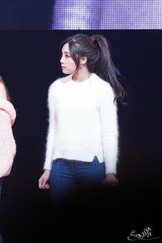 APink EunJi --love her hair ♡♡