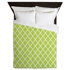 Heartlocked: Kiwi Green Quatrefoil Pattern Queen Duvet: Elegant and chic Moroccan clover trellis pattern Pattern Design, My Design, Green Duvet Covers, Quatrefoil Pattern, Trellis Pattern, Queen Duvet, Color Combinations, Coral, Bed