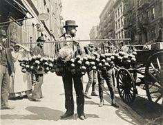 Vendeur d'éponges, New-York, 1900's.