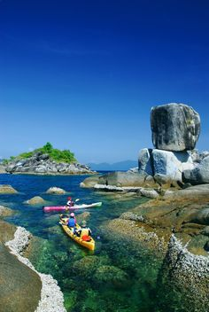 Kayaking in Thailand. Must do! #travelcompanion Protect your iPad or smartphones while boating, in an ingenious Splashtablet Case. Under $44 http://www.amazon.com/iPad-Case-Suction-Mount-Waterproof-Kitchen/dp/B00DBCMM2S