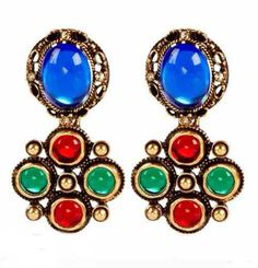 Oscar De La Renta offers his fall/winter jewelry collection including rings, earrings, bracelets, and necklaces that will wow you with their designs. Premier Designs, Fall Jewelry, I Love Jewelry, Rainbow Fashion, Red Blue Green, Luxury Jewelry, Spring, Jimmy Choo, Costume Jewelry