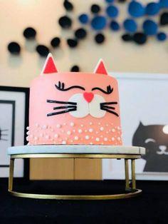 New birthday cake girls cat party ideas Ideas Birthday Cake For Cat, Cool Birthday Cakes, Birthday Party Themes, Girl Birthday, Birthday Recipes, Cat Birthday Parties, Kitty Party, Cake Pops, Cat Themed Parties