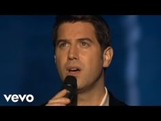 Music video by Il Divo performing Hallelujah (Alelujah). (C) 2008 Simco Limited under exclusive license to Sony Music Entertainment UK Limited Music Mix, Music Wall, Hallelujah Lyrics, El Divo, Bon Jovi Live, Musica Popular, Jesus Is Life, Spiritual Music, Music