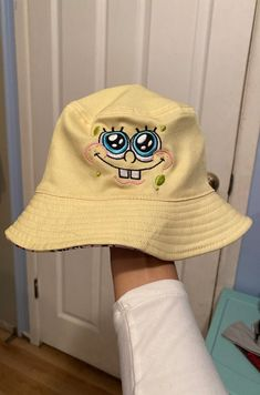 Outfits With Hats, Mode Outfits, Cute Casual Outfits, Girl Outfits, Fashion Outfits, Looks Baskets, Bucket Hat Outfit, Mein Style, Cute Hats