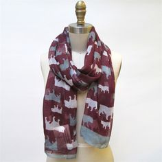 Buldogs Garnet Scarf © Two's Company