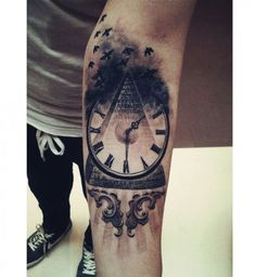 Tatouage sexy pour homme : le tatouage mystique - Cosmopolitan.fr