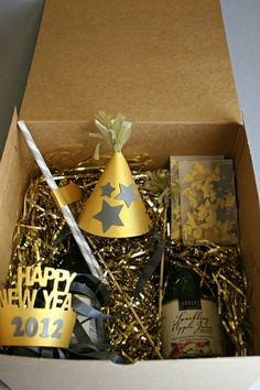 """Create a """"Happy New Year"""" box for friends or guests!"""