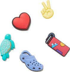Crocs Fashion, Sneakers Fashion, Cool Crocs, Birthday Gifts For Girls, 17 Birthday, Croc Charms, Nike Slides, Crocs Classic, Cute Girl Outfits