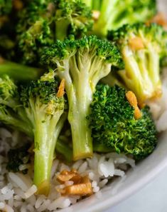The BEST Stir Fry Sauce Recipe (goes with everything!) - Build Your Bite broccoli stir fry chinese The BEST Stir Fry Sauce Recipe (goes with everything!) - Build Your Bite broccoli stir fry chinese The Best Stir Fry Sauce Recipe, Homemade Stir Fry Sauce, Stir Fry Recipes, Sauce Recipes, Wok Recipes, Drink Recipes, Fried Broccoli, Broccoli Stir Fry, Broccoli Soup