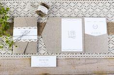 Vintage Einladung zur Hochzeit mit Kraftpapier-Design als Pocket Fold - carinokarten