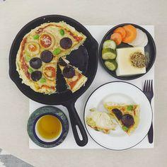 61 個讚,4 則留言 - Instagram 上的 s_s(@s_s_o_o_s_s_o_o):「 . good morning tuesday :-j))) . #goodmorning #morning #breakfast #yummy #goodfood #instafood… 」