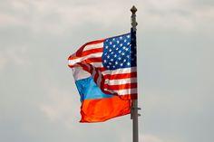 Začína nová sankčná vojna. USA schválili nové sankcie voči Rusku. To pripravuje tvrdú odvetu. EÚ s USA nesúhlasí a tiež pripravuje reakciu - Hlavné správy