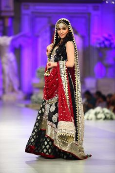 2015 trendy bridal lehenga designs for indian wedding Black Bridal Dresses, Asian Wedding Dress, Pakistani Wedding Outfits, Bridal Lehenga Choli, Asian Bridal, Pakistani Wedding Dresses, Bridal Outfits, Indian Dresses, Indian Outfits