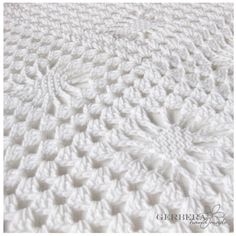 CROCHETED BABY AFGHAN This is absolutely gorgeous!!!