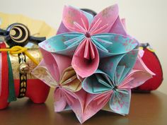 Classic Kusudama - Module Origami Works by Chie no Wa
