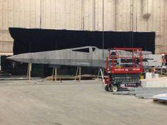 millennium-falcon-star-wars-spoiler-sneak-peek-behind-the-scenes-photos-0120-480w