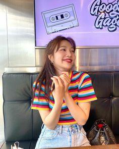 Seulgi, Kpop Girl Groups, Kpop Girls, Park Joy, Joy Instagram, Joy Rv, Red Velvet Joy, Park Sooyoung, Snsd
