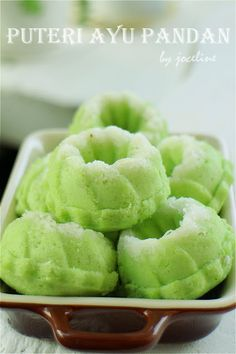 Butter. Flour & Me Love of the Spirit: Puteri Ayu Pandan (Steamed Coconut Cake)