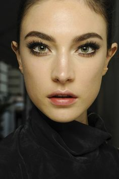 Jacquelyn Jablonski backstage at Versace Fall 2013 Haute Couture  ♥♥♥