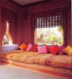 Image uploaded by ☉. Find images and videos about decoration, interior design and moroccan style on We Heart It - the app to get lost in what you love. Design Marocain, Moroccan Interiors, Moroccan Style, Turkish Style, Interior Exterior, Bohemian Decor, Bohemian Patio, Bohemian Interior, Bohemian Living