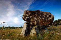Cleenrath dolmen, Co. Longford, Ireland (photo by Ken Williams)