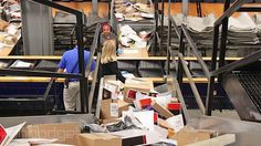 http://hss-prod.hss.aol.com/hss/storage/adam/45ee65dfe73178095d6e51adffd3d40f/shippingfacility_thumbnail.jpgUPS and FedEx buckle under holiday load, leaving retailers and families in the lurch - http://ecgadget.com/2013/12/ups-and-fedex-buckle-under-holiday-load-leaving-retailers-and-families-in-the-lurch/