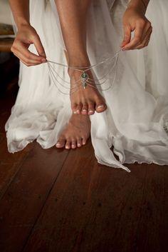 FESTIVAL BRIDES | Danny and Kate's Bohemian Beach Wedding in Koh Tao, Thailand