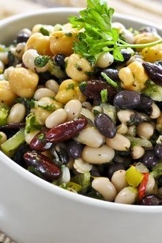 Mexican Bean Salad - one of the best bean salad recipes I've tried Mexican Food Recipes, Vegetarian Recipes, Cooking Recipes, Healthy Recipes, Indian Recipes, Vegetable Recipes, Mexican Bean Salad, Bean Salad Recipes, Bean Salads