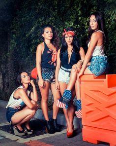 The Lylas Bruno Mars Family, Pretty Girl Rock, Pretty Girls, Music Tv, Comebacks, Four Sisters, Lifestyle Blog, Celebs, Celebrities