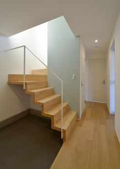 Space / floor plan of warmth family (Hino City, Tokyo) Architect House, Architect Design, Interior Architecture, Interior And Exterior, Staircase Wall Decor, Compact House, Stair Handrail, Wooden Stairs, Japanese Interior