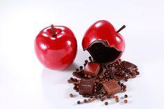 ジャン=ポール・エヴァンの秋限定スイーツ、本物そっくりのリンゴの中にボンボンショコラを詰め込んで   ニュース - ファッションプレス