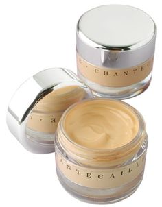 Chantecaille Future Skin Foundation    -Innovative oil-free gel foundation with refreshing, lightweight texture  -Light-reflective circular pigment provides adjustable coverage  -Contains 60% charged water and seaweed  -Protective field prevents water evaporation, blocks environmental oxidation