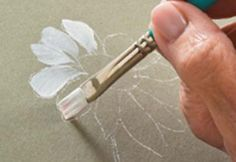 Learn how to paint a daisy with Priscilla Hauser! Super easy step by steps #plaidcrafts #DIY.