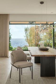 Grandes ventanales Interior Exterior, Home Interior Design, Villas, Sala Grande, Visual Aesthetics, Level Homes, Outdoor Furniture Sets, Outdoor Decor, Mediterranean Style