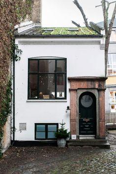 "kvtes: ""the evergreen cottage """